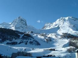 montagne pyrenee hiver
