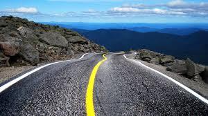 voiture route montagne